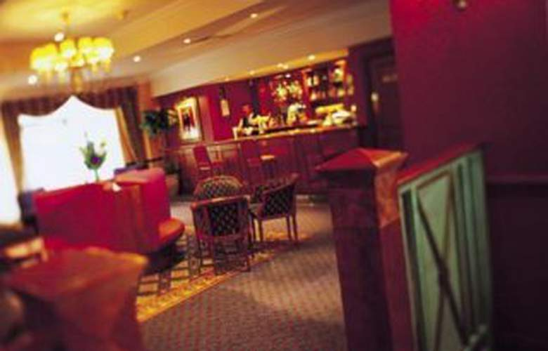 Liverpool Marriott City Centre - Bar - 2