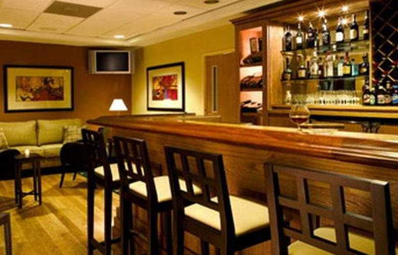 Four Points by Sheraton Caguas Real - Bar - 9