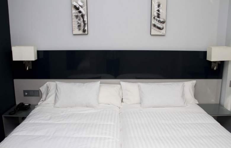 Santa Eulalia - Room - 17