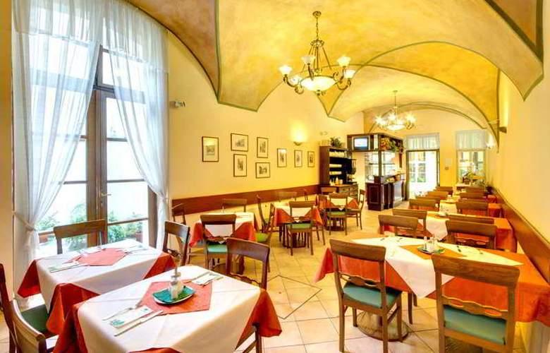Bishop house - Restaurant - 8