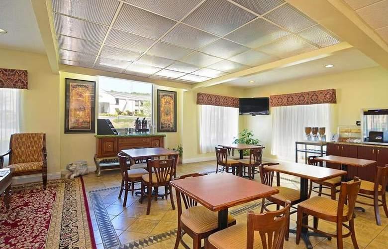 Best Western Royal Inn - Restaurant - 35
