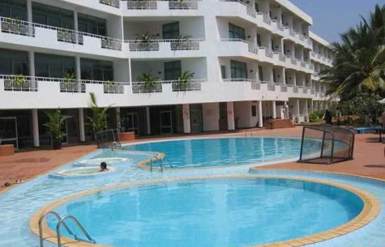 Induruwa Beach Resort - Pool - 4
