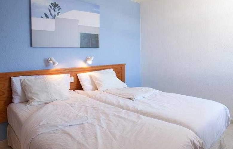 Playa del Sol - Room - 2