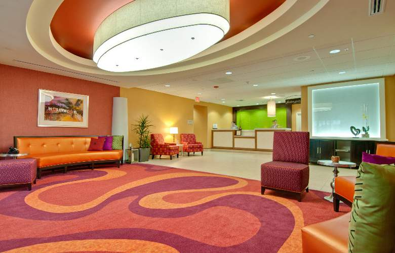 Hilton Garden Inn - Los Angeles Hollywood - General - 11