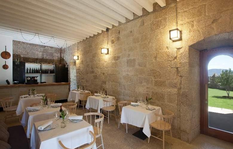 Parador Castillo de Monterrei - Restaurant - 17