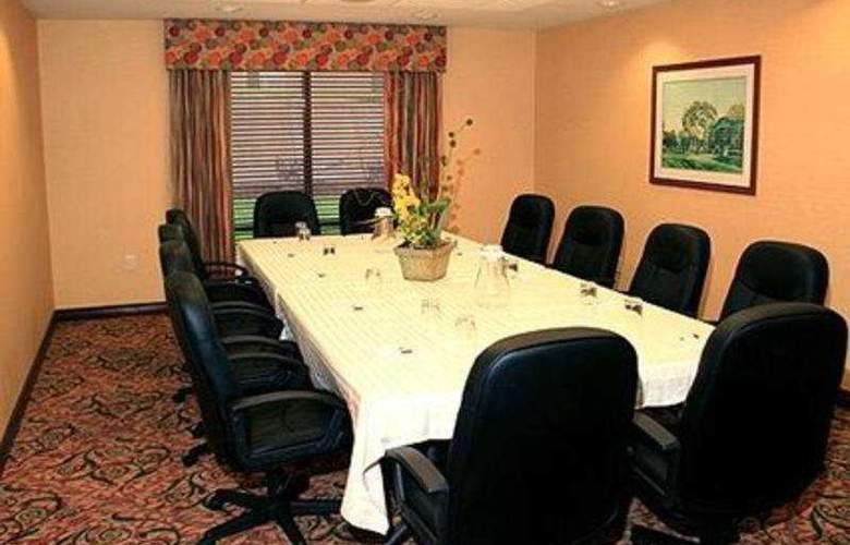 Comfort Suites Lincoln - Conference - 6
