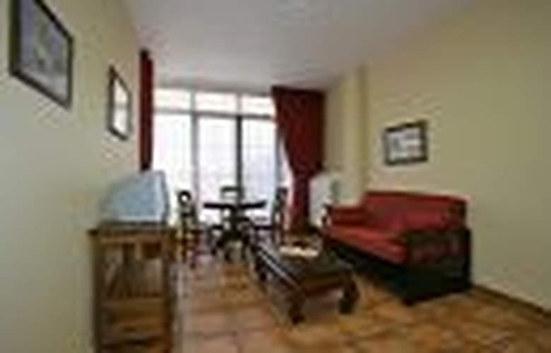 Apartamentos Villa de Cabrales - Room - 4