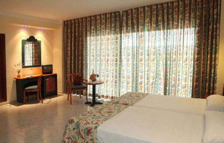 Azuline Coral Beach - Room - 2