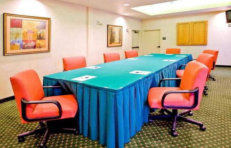 Holiday Inn Express Brandon Tampa - Hotel - 12