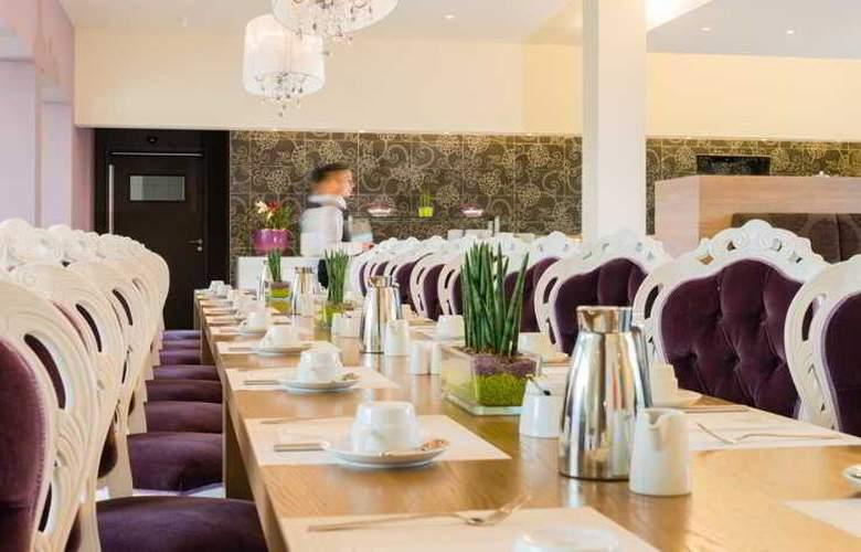 Acom Hotel Nürnberg - Restaurant - 22