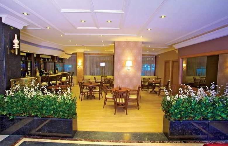 Grand Emin Hotel - Bar - 2