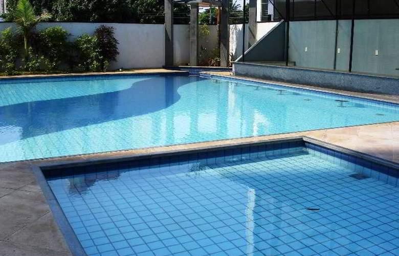 Bristol Evidence - Pool - 4