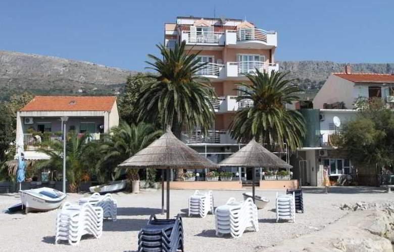 Villa Jerkan - Beach - 8