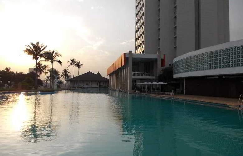 Sofitel Abidjan Hotel Ivoire - Pool - 2