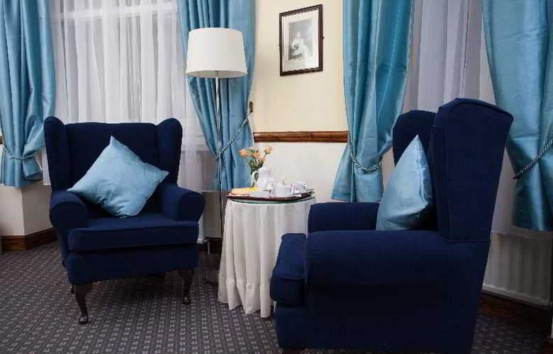 The London Elizabeth - Room - 14