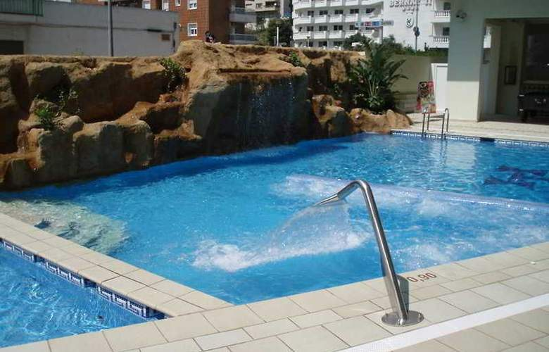 Terramar Calella - Pool - 7