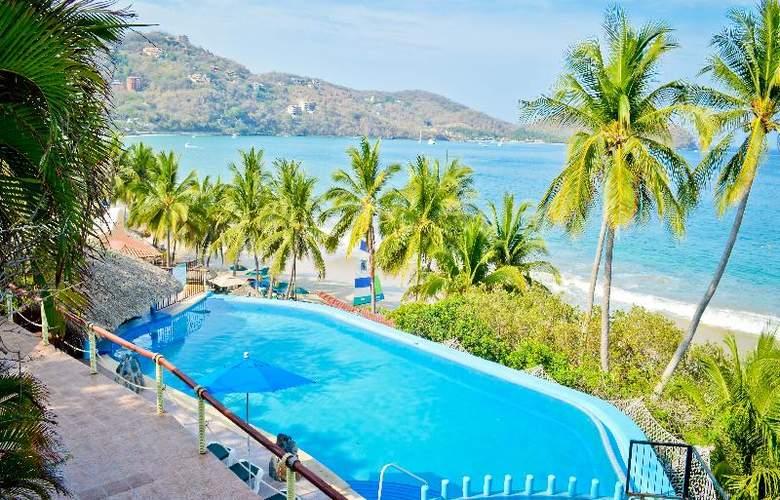 Catalina Beach Resort - Pool - 26