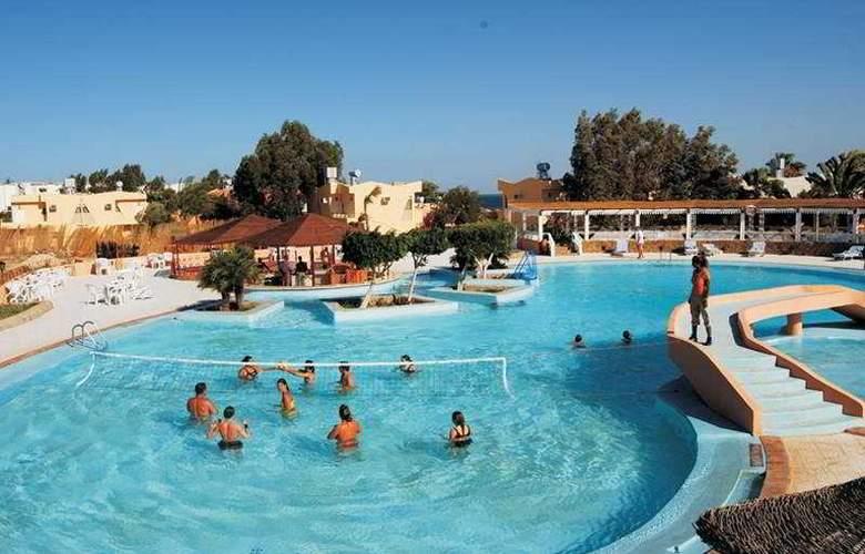 Sol y Mar Paradise - Pool - 2