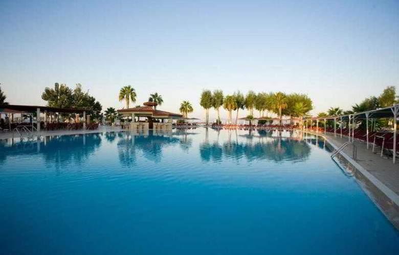 Club Tuana - Pool - 9