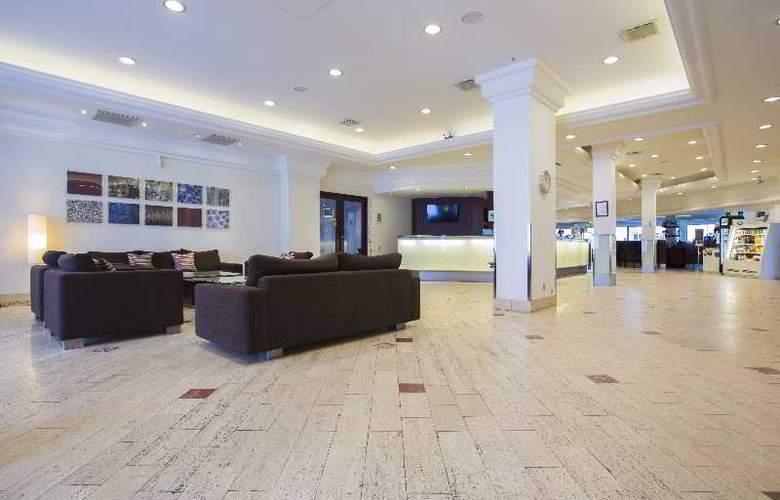 Quality Airport Hotel Dan - General - 5