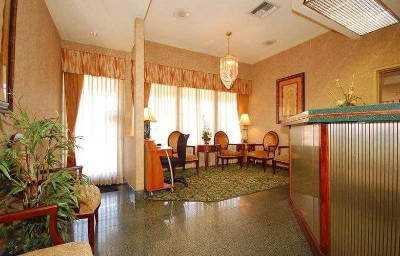 Best Western Airport Plaza Inn - Hotel - 4