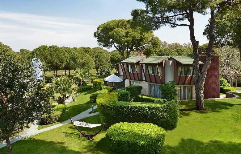 Gloria Verde Resort - Room - 11