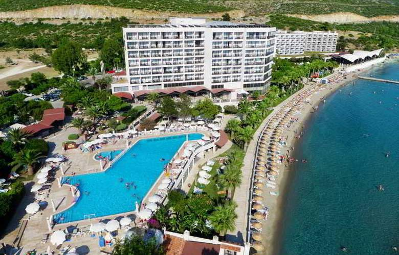 Tusan Beach Resort - Hotel - 0