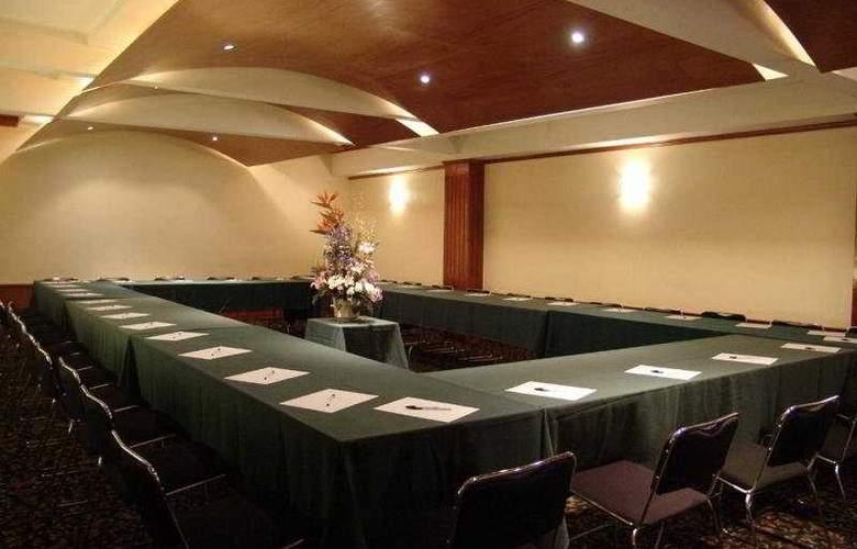 Ritz México - Conference - 3