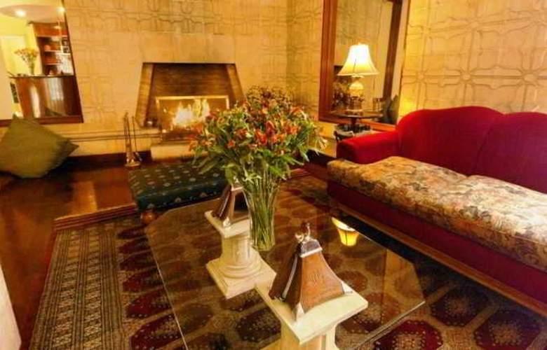 Basadre Suites - Hotel - 2