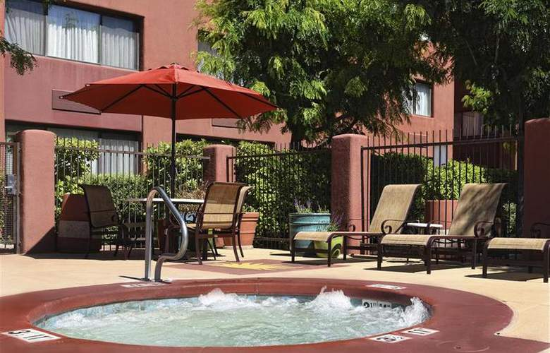 Best Western Plus Rio Grande Inn - Pool - 60