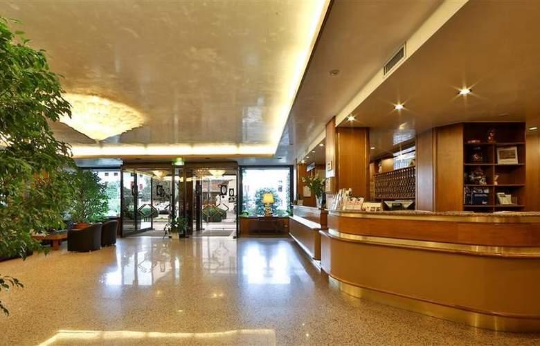 Best Western Hotel Palladio - Hotel - 52