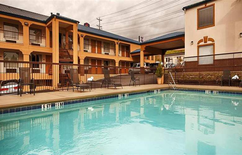 Best Western Royal Inn - Pool - 29