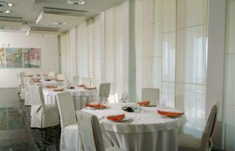 Best Western Hotel Jadran - Restaurant - 3