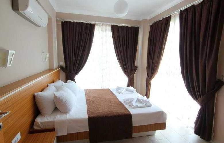 Diana Residence - Room - 6