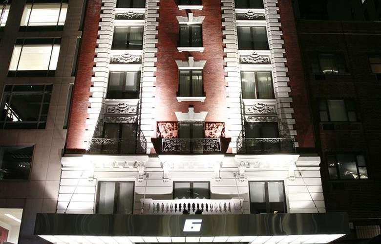 6 Columbus - Hotel - 0