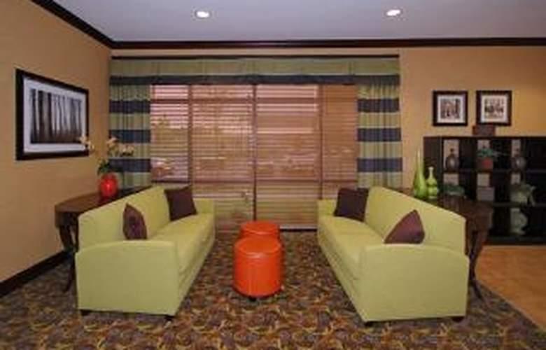 Comfort Suites Southwind - General - 3