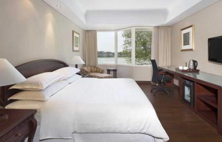SHERATON BANDARA HOTEL - Room - 5