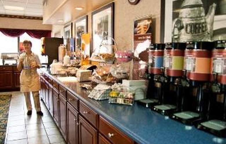 Hampton Inn Cleveland - Restaurant - 4