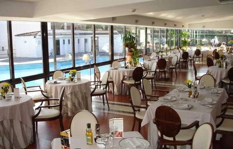 Osuna - Restaurant - 4