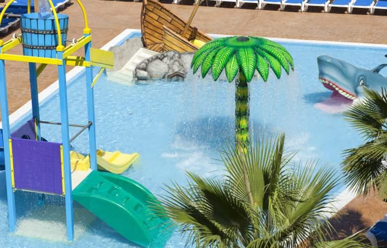 Club Del Sol Aparthotel Resort & Spa - Pool - 45