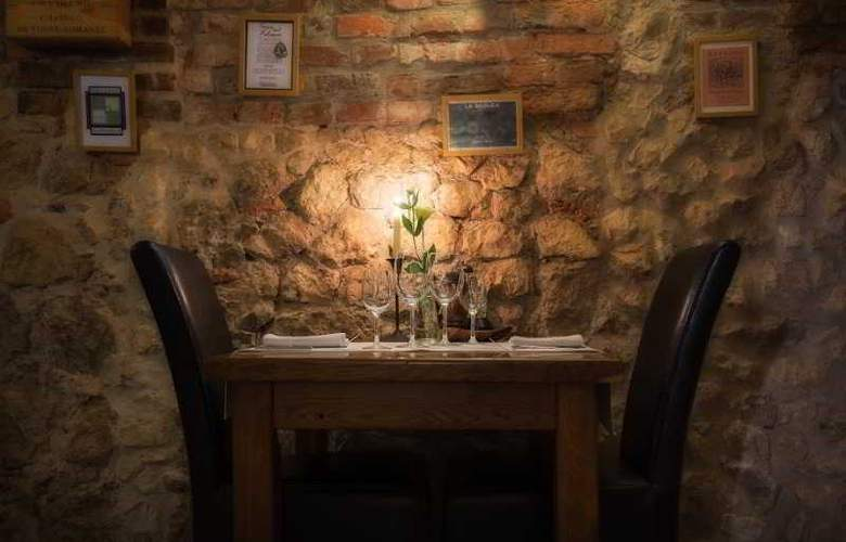 Karmel - Restaurant - 2