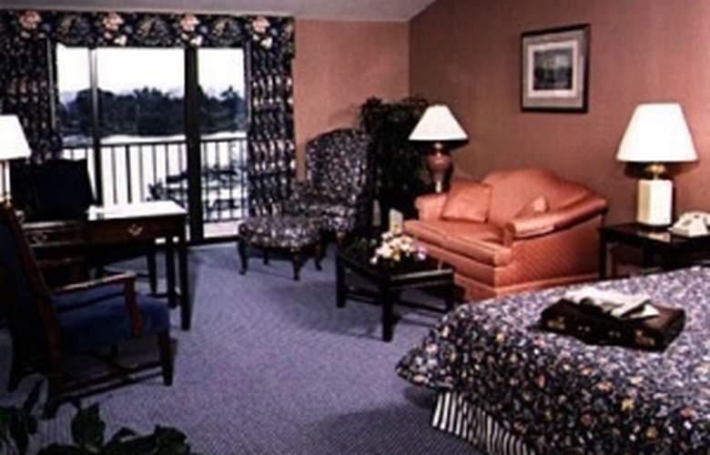 Channel Inn - Room - 2