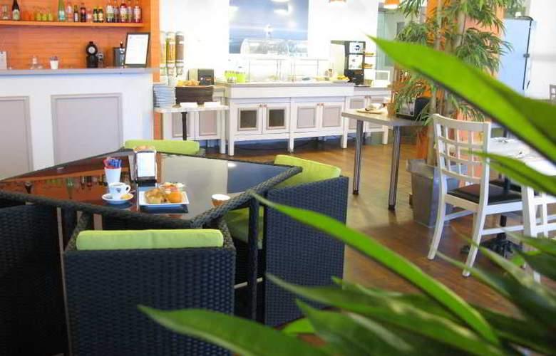 INTER-HOTEL LYON NORD - Restaurant - 18