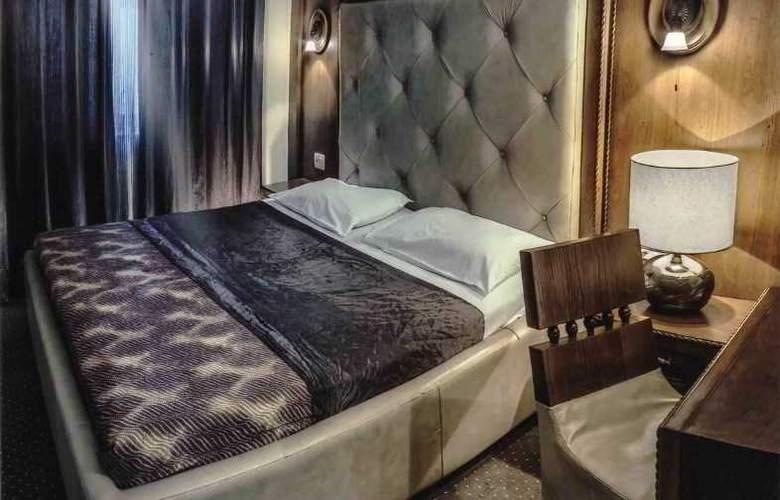 Hotel Royal - Room - 16