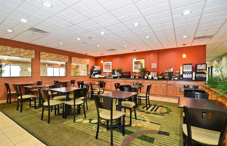 Best Western Plus Chicago Southland - Restaurant - 171