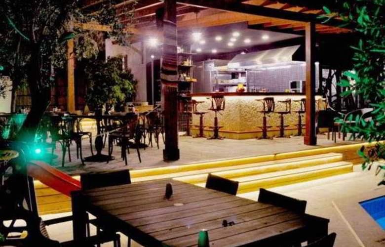 Centro Hotel Bodrum - Bar - 9