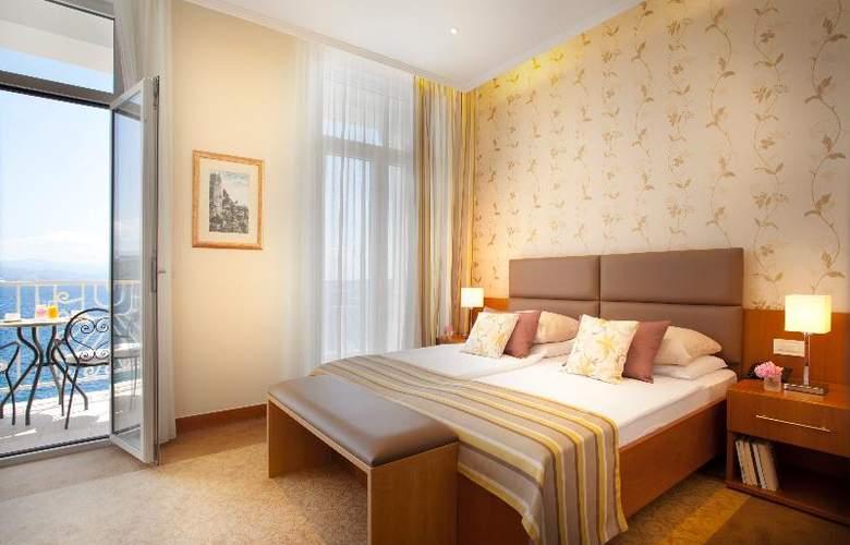 Villa Ambasador - Room - 3