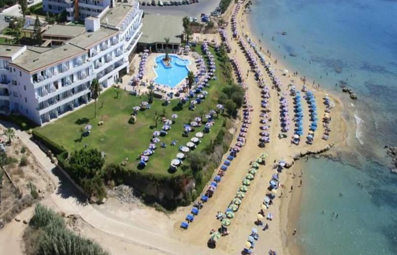 Corallia Beach Apartments - Beach - 13