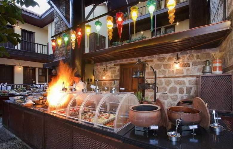 Alp Pasa Hotel - Restaurant - 53