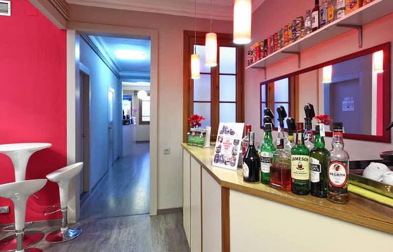 Ginebra - Bar - 2